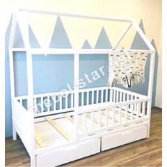 Детская кровать домик